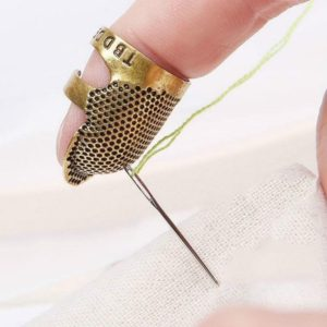 Household Adjustable Metal Sewing Thimble Finger Protectors Sewing Tools Accessories(M)