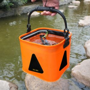 Multi-function Thickening Live Fish Bucket Foldable Waterproof Fishing Storage Bucket with Rope, Size: 22*22 cm, Random Color Delivery