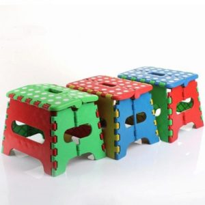 Portable Thick Plastic Kids folding Stool Outdoor Activity Tool Home Traveling Necessity, Color Random Delivery