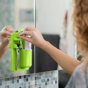 Silicone Toothbrush Holder Bathroom Organizer Storage Mighty Toothpaste Razor(Green)