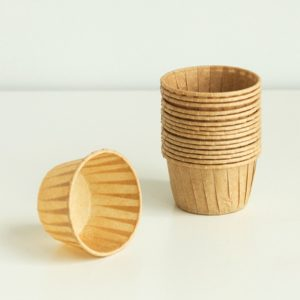 50 PCS Round Lamination Cake Cup Muffin Cases Chocolate Cupcake Liner Baking Cup, Size: 6.5 x 5 x 4cm (Wheat Colored)